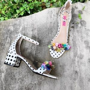 ISO Betsey Johnson Shoe 7